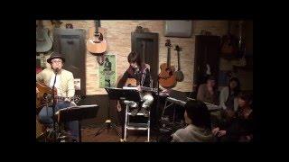 15年12月10日(木)博多・天神、フォーク喫茶「白いギター」にて♪ 白いギ...