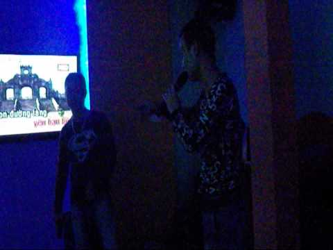 Karaoke in Vietnam - Uncut Footage