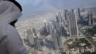 DUBAI  Бурдж Халифа 124 этаж(Бурдж Халифа (или Бурдж Дубай) — самый высокий небоскреб Дубая и главная его достопримечательность. Небоск..., 2014-01-26T10:00:59.000Z)