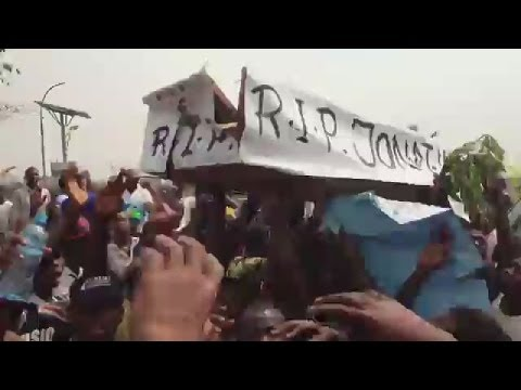 Occupy Nigeria: President Goodluck buried in a Coffin ... from the archives!!
