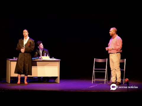 VÍDEO: El Palacio Erisana acoge el estreno de'El viento nos llevará', premio Luis Barahona de Soto.