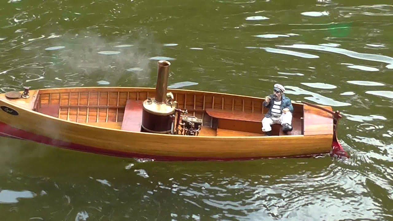 Colney Heath toy boat regatta Sept 2014 Vid 1 - YouTube