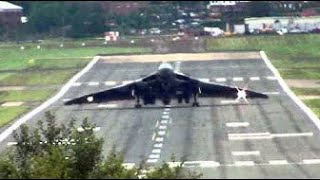 "Vulcan XH558 Arrives at Farnborough Airshow. "" Head-On Wheelie Style ""."