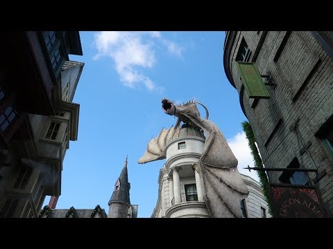 It's Christmas Featuring A Little Halloween At Universal Studios Florida!