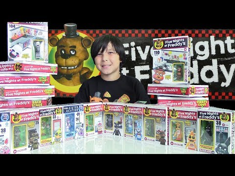 22 Five Nights at Freddy's Building Sets & FNAF Ghoulish Figures from McFarlane Toys Review