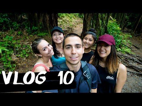 Manoa Falls Trail - Oahu, Hawaii! - Adventure Vlog 10