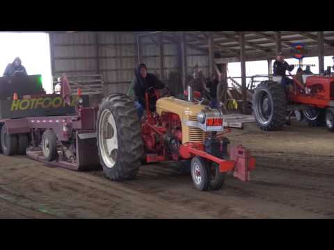 Keokuk County Expo Antique Tractor Pull 2017