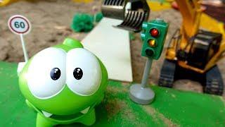 Ам Ням: игры в песочнице. Развивающее видео для малышей.