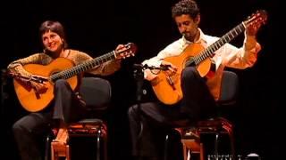 Duo Siqueira Lima plays D.Scarlatti: 2 Sonatas K27 + K198 - Movimento Violão