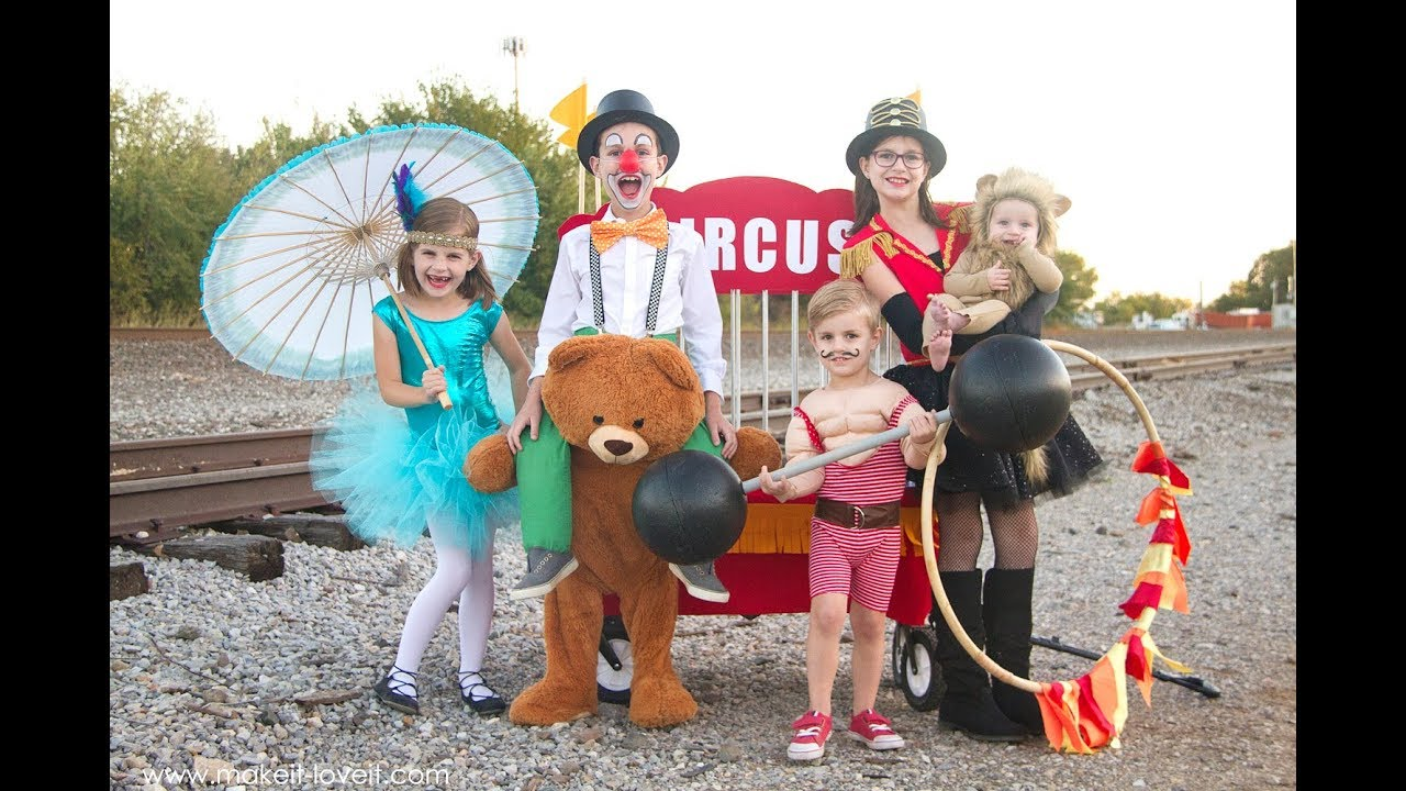 DIY Circus Themed Costumes.....fun for the whole family!  sc 1 st  YouTube & DIY Circus Themed Costumes.....fun for the whole family! - YouTube