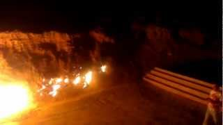 Азербайджан   горящая гора(Горящая гора - Янар Даг, 20 км от Баку, Азербайджан., 2012-09-15T14:30:44.000Z)