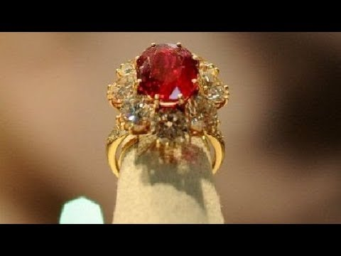 The most famous ruby jewelry by its owners