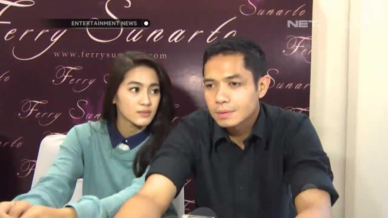 Entertainment News - Dude Herlino dan Alyssa Soebandono fitting baju  pengantin