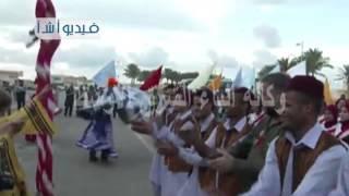 بالفيديو  استقبال الطيارين بمطار مرسي مطروح الدولي المشاركين في رالي الطيران المدني يضم 14 دولة أجن