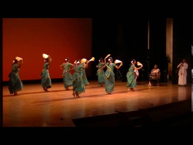 Oyilattam Tamil Folk Dance by Sakthi