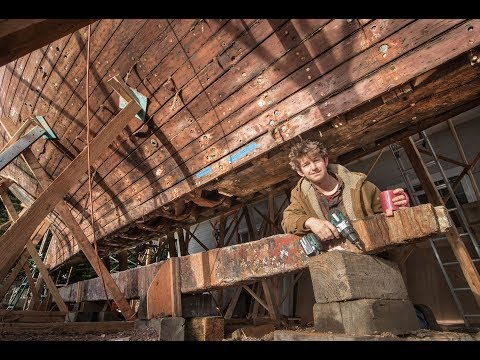 Removing HUGE Keel Timber from 20ton historic yacht, ALONE! TALLY HO EP20