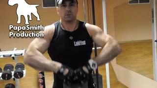 Полный комплекс упражнений с гирей 24 кг от Папы Смита(Мастер спорта по бодибилдингу Влад Кузнецов, показывает как можно накачать руки, грудь, плечи с гирей в..., 2013-01-13T16:40:37.000Z)