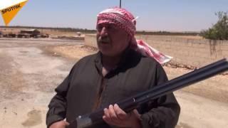 """بالفيديو والصور... عبر """"سبوتنيك""""...أهالي جبهات القتال في ريف السلمية يستهزئون بالدواعش بطريقتهم الخاصة"""