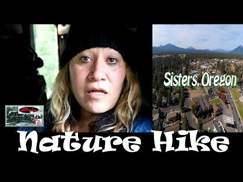 Visiting Sisters, Oregon & Hiking Rooster Rock Trail