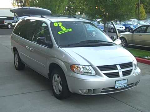 2007 dodge grand caravan sxt stow and go power doors. Black Bedroom Furniture Sets. Home Design Ideas