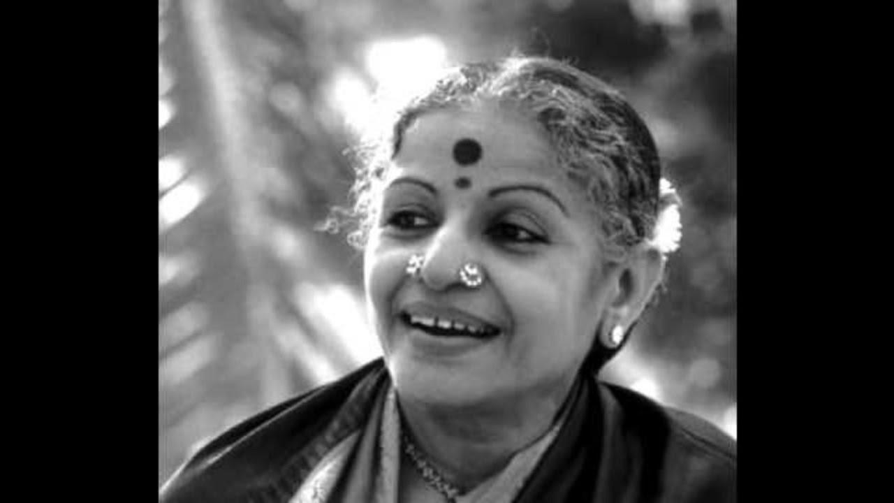MS Subbulakshmi-kanaka shaila vihAriNi-punnAgavarALi-Adi- Shyama sastri