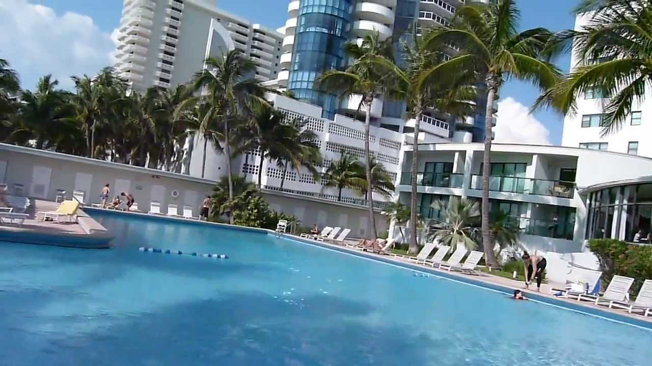 Piscinas Do Hotel Casa Blanca Miami Beach Por Duone Latino