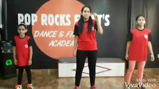 Akh lad jaave song Dance choreography | loveyatri movie song dance | Easy choreography pop rocks |