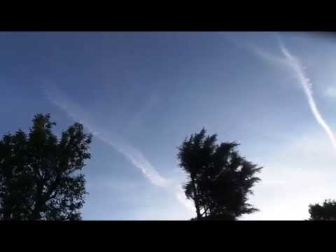 Sunrise Raid On Sunshine &Blue Sky- Chemtrails In All Directions 06:18 5/5/14 Barnet North London UK