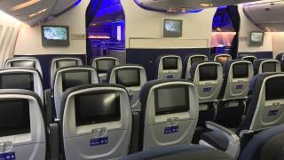 United Airlines BRAND NEW B777-300ER walkthrough