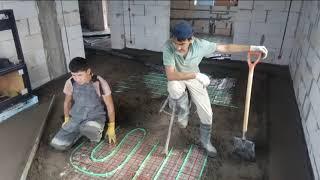 видео Можно ли теплый водяной пол залить полусухой стяжкой