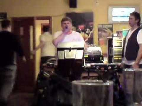 Royal Oak Hucclecote Gloucester - Karaoke Legend
