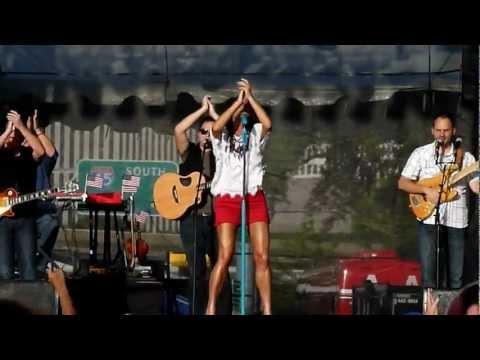 """Perfect"" - Sara Evans LIVE - Freedom Over Texas"