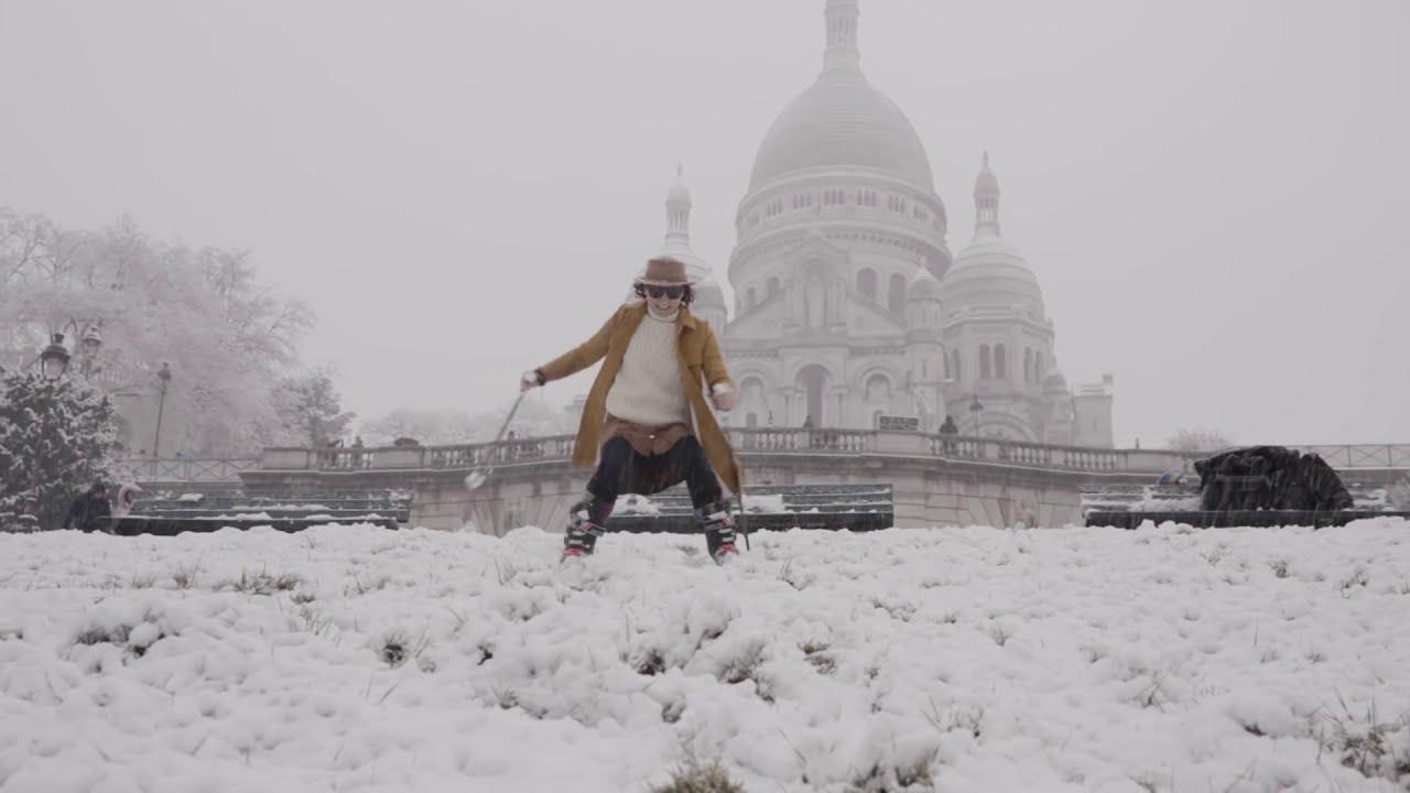 Video Neige A Paris Il Fait Du Ski Sur La Butte Montmartre