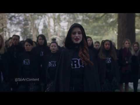 Riverdale 2×19 Cheryl sings at Midges funeral