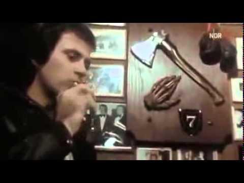 FREUNDIN BETRÜGEN PRANK (goes schief) 😡💔из YouTube · Длительность: 4 мин33 с
