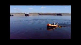 пляжная надувная лодка + самодельный лодочный мотор