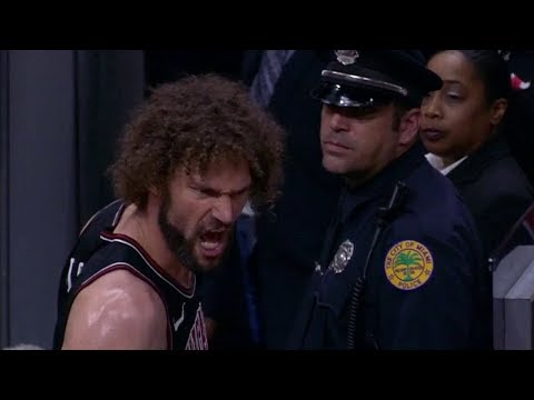 Robin Lopez Gets EJECTED From Game   Bulls vs Heat   March 29, 2018   2017-18 NBA Season