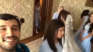 Фотограф считает подружек невесты на свадьбе / Красивая кавказская свадьба 2017