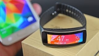 Samsung Gear Fit: Unboxing & Review