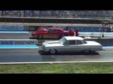 Kevin Guthrie's '62 Bel Air & Rick Nuanes' High Winding Camaro