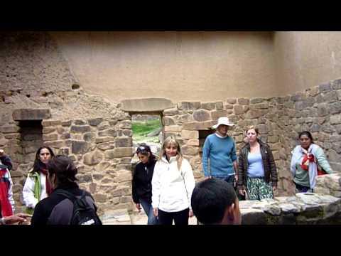 Ollantaytambo Town Fountain of Youth Fuentes de la Juventud Tours Peru