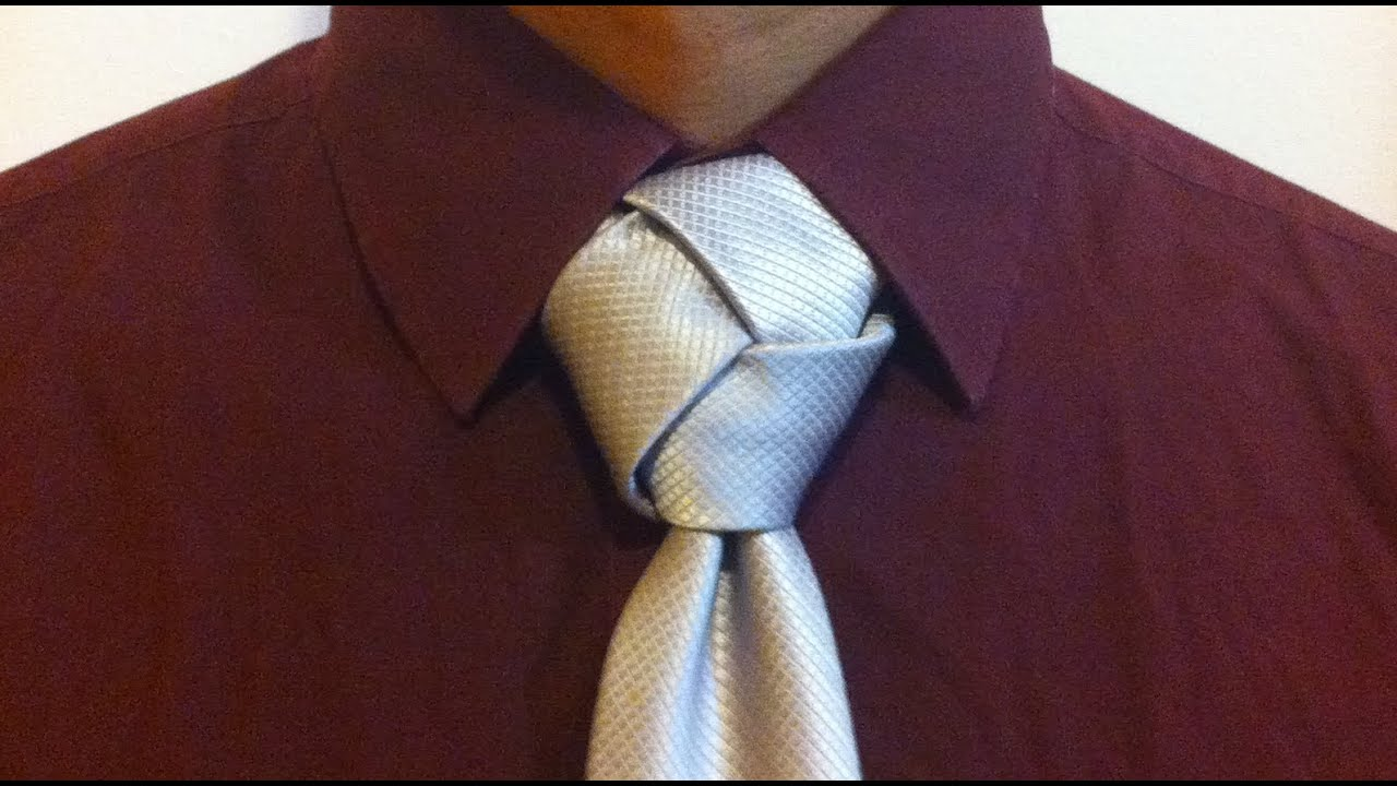 The trinity knot youtube for Nudos de corbata modernos