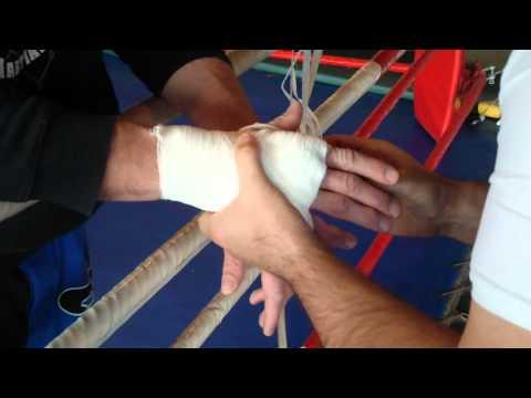 Blog Marcina Naruszczki: tapowanie czyli moje dłonie przed treningiem