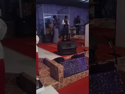 Sunday Service October 29/2017 Moise Mbiya Song