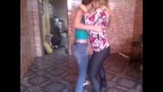 Baixar Day e Lu dançando sertanejo