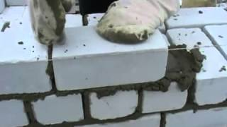 Кладка кирпича при возведении кирпичной бани(Технология правильной кирпичной кладки., 2012-07-02T01:12:19.000Z)