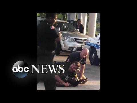 Houston security guard loses job for not aiding police officer with arrest