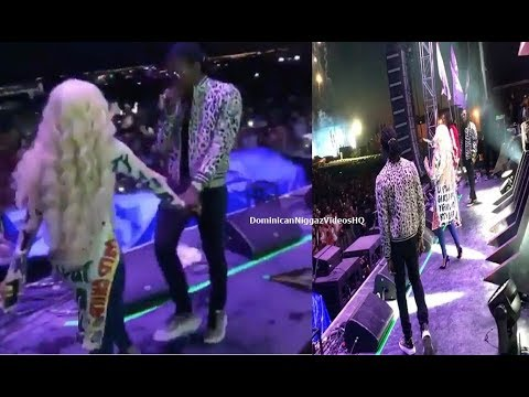 Offset Brings Out Cardi B At Veld Music Festival In Toronto!