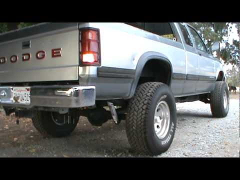 1993 Dodge Dakota Flowmaster Super 40 - YouTube