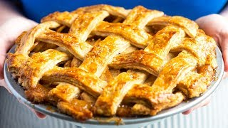 How to Make Our Favorite Apple Pie From Scratch
